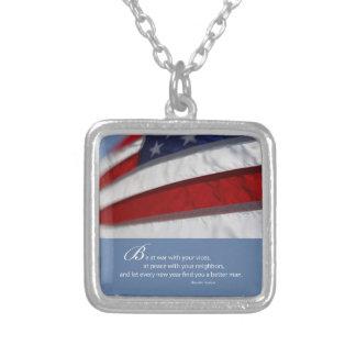 Colar Banhado A Prata Bandeira patriótica, americana