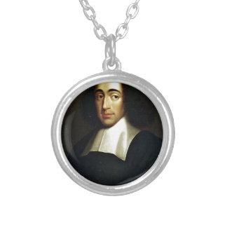 Colar Banhado A Prata Baruch Spinoza