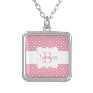Colar Banhado A Prata Bolinhas cor-de-rosa personalizadas