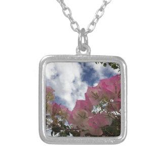 Colar Banhado A Prata Bougainvillea cor-de-rosa