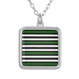 Colar Banhado A Prata Branco preto verde horizontal das listras