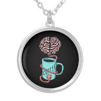 Colar Banhado A Prata Café para o cérebro. Ilustração engraçada do café