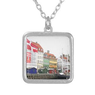 Colar Banhado A Prata Canal de Nyhavn em Copenhaga, Danmark