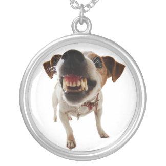 Colar Banhado A Prata Cão agressivo - cão irritado - cão engraçado