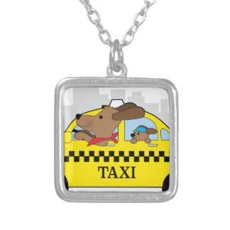 Colar Banhado A Prata Cão do táxi de New York