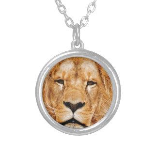 Colar Banhado A Prata cara do leão yeah