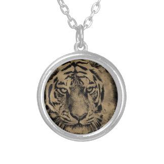 Colar Banhado A Prata Cara do tigre