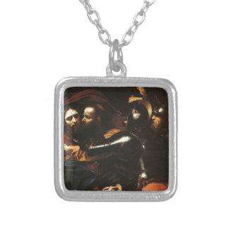 Colar Banhado A Prata Caravaggio - tomada do cristo - trabalhos de arte
