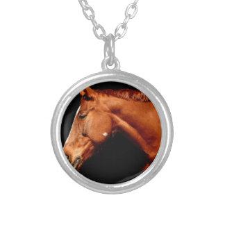 Colar Banhado A Prata cavalo
