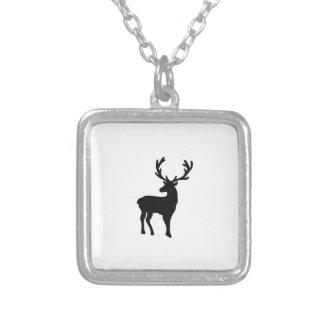 Colar Banhado A Prata Cervos preto e branco