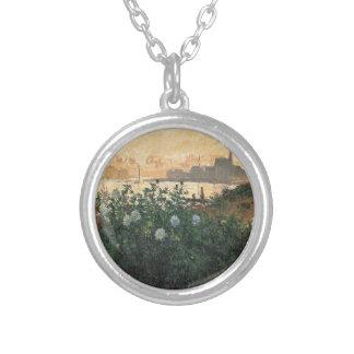 Colar Banhado A Prata Claude Monet - Riverbank florescido Argenteuil