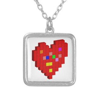 Colar Banhado A Prata coração de 8 bits