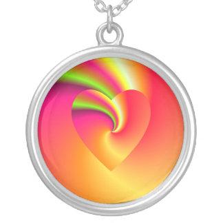 Colar Banhado A Prata Coração do amor do redemoinho do arco-íris