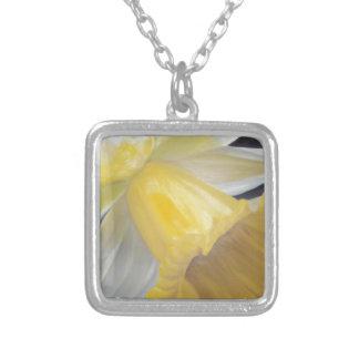 Colar Banhado A Prata Daffodil amarelo