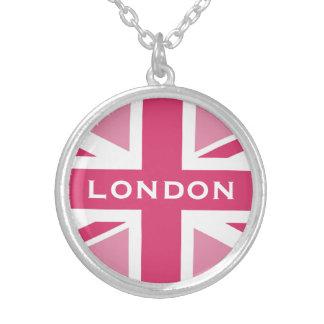 Colar Banhado A Prata ~ de Union Jack em rosa femininos