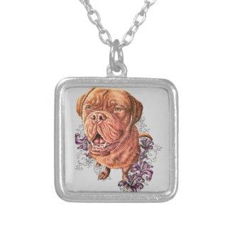 Colar Banhado A Prata Desenho da arte e dos lírios do cão do Mastiff de