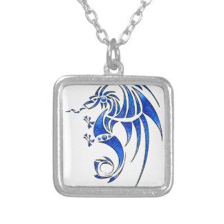Colar Banhado A Prata Dragissous V1 - dragão azul