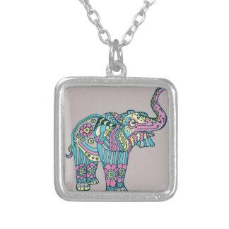 Colar Banhado A Prata Elefante feliz