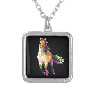 Colar Banhado A Prata Equestrian Running colorido do garanhão do cavalo