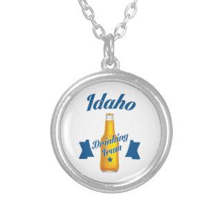 Colar Banhado A Prata Equipe do bebendo de Idaho