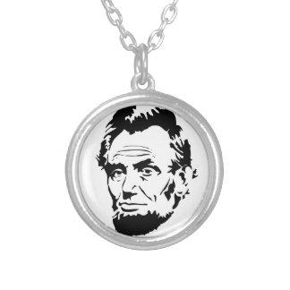 Colar Banhado A Prata Esboço de Abraham Lincoln