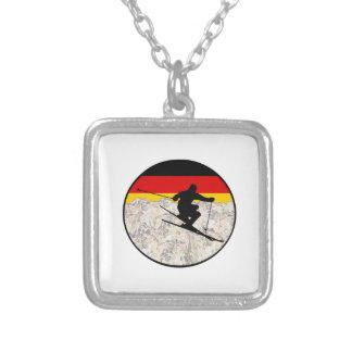 Colar Banhado A Prata Esqui Alemanha