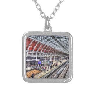 Colar Banhado A Prata Estação de comboio de Paddington