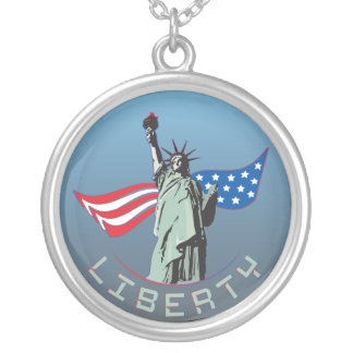 Colar Banhado A Prata Estátua da liberdade