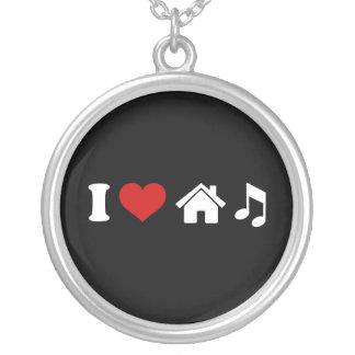 Colar Banhado A Prata Eu amo a música da casa