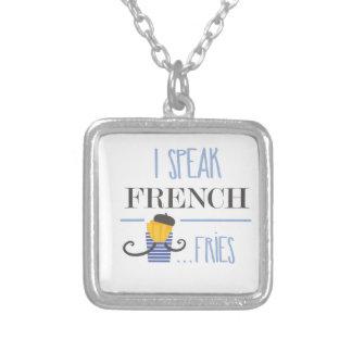Colar Banhado A Prata Eu falo o francês… Fritadas