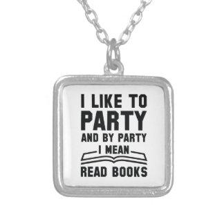 Colar Banhado A Prata Eu significo livros lidos