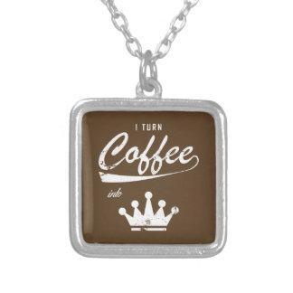 Colar Banhado A Prata Eu transformo o café em KOMs