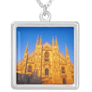 Colar Banhado A Prata Europa, Italia, Milão, catedral de Milão