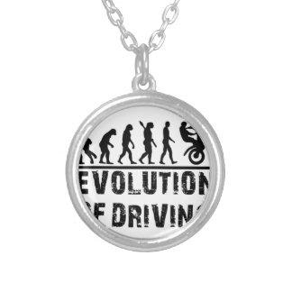 Colar Banhado A Prata Evolução da condução