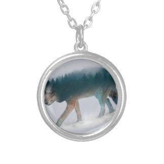Colar Banhado A Prata Exposição dobro do lobo - floresta do lobo - lobo