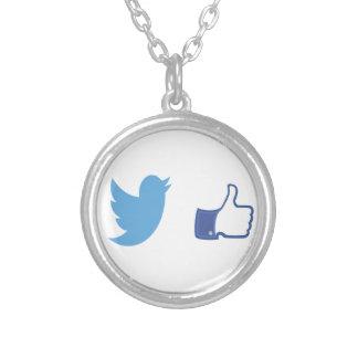 Colar Banhado A Prata Facebook Twitter