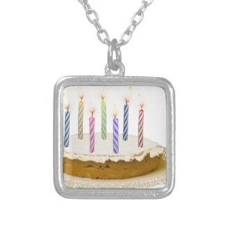 Colar Banhado A Prata Feliz aniversario, meu amor