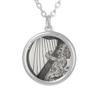 Colar Banhado A Prata Filhote de cachorro da harpa
