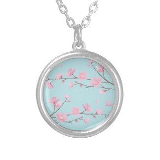 Colar Banhado A Prata Flor de cerejeira - azul-céu