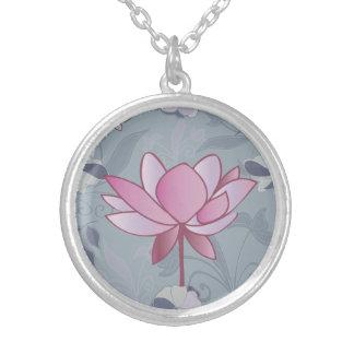 Colar Banhado A Prata Flor de lótus cor-de-rosa bonita