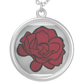 Colar Banhado A Prata Flor vermelha