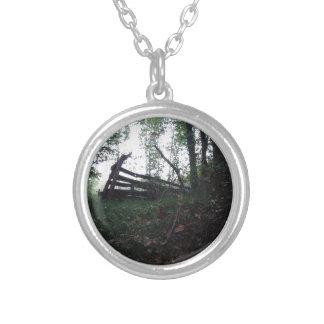 Colar Banhado A Prata Floresta Enchanted