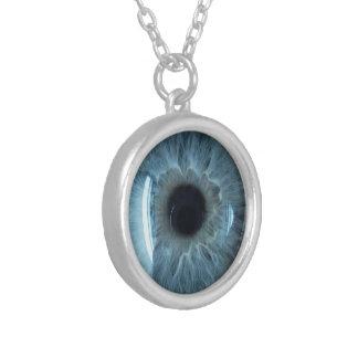 Colar Banhado A Prata Globo ocular azul