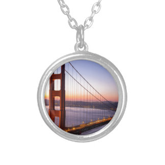 Colar Banhado A Prata Golden gate bridge San Francisco no nascer do sol