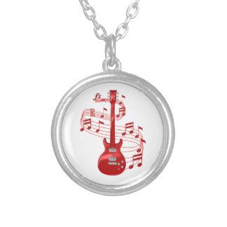 Colar Banhado A Prata Guitarra elétrica vermelha com notas da música