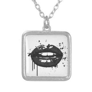 Colar Banhado A Prata Ilustração preto e branco dos lábios do encanto da