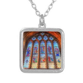 Colar Banhado A Prata Janela da abadia do vitral
