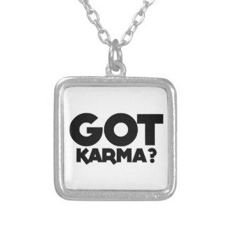 Colar Banhado A Prata Karmas obtidas, palavras do texto
