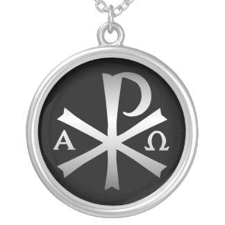 Colar Banhado A Prata Labarum cristão do ícone com alfa e Omega