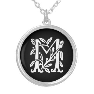 Colar Banhado A Prata Letra decorativa M do monograma do alfabeto